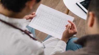 Eletrocardiograma para não especialistas: Simples, Fácil e Prático