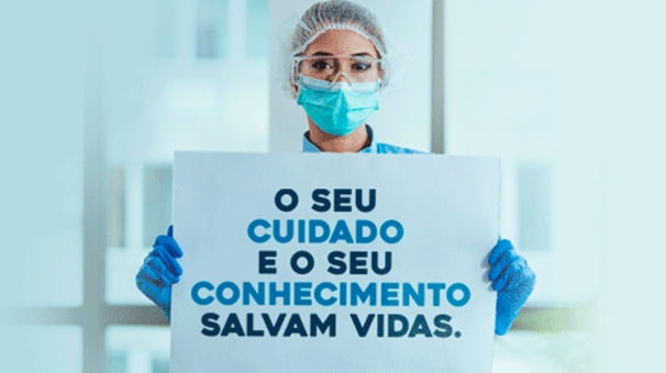 Faculdade Santa Casa Homenageia Profissionais de Enfermagem